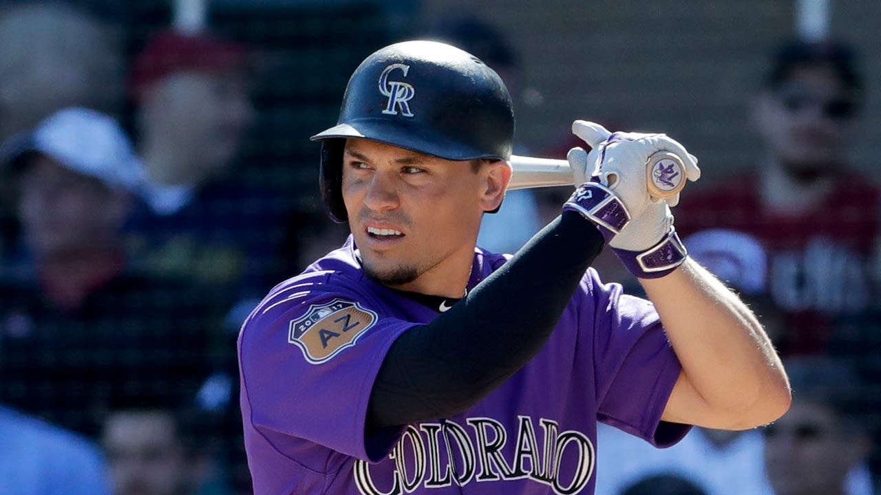 Wolters, Patterson HR in Gray's strong debut